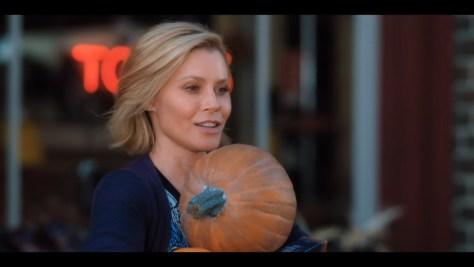Violet Valentine, Hubie Halloween, Netflix, Happy Madison Productions, Julie Bowen