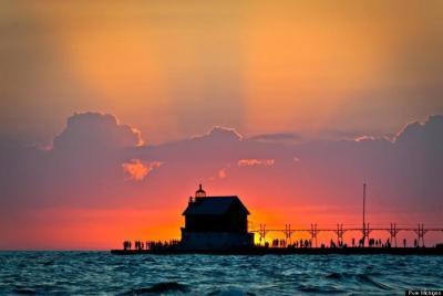 lake-michigan-grand-haven-sunset