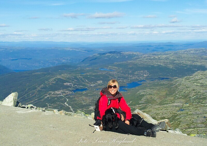 Norway hiking routes - Gaustatoppen top view