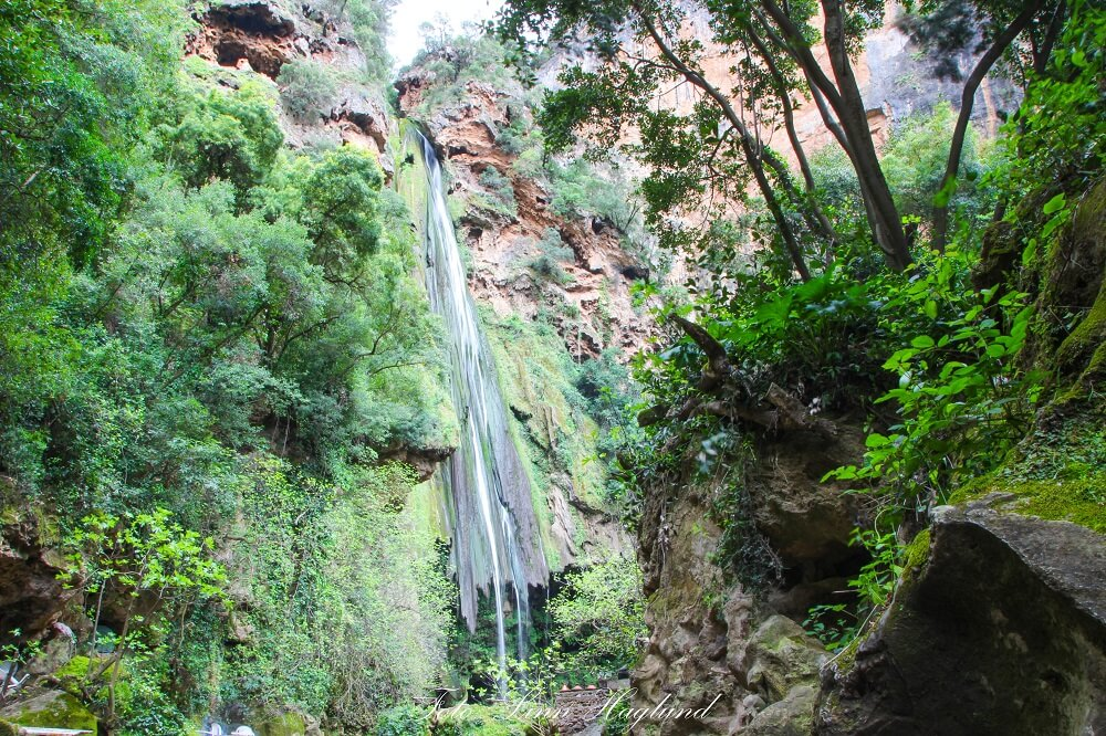 With 7 days in Morocco it is a must to hike to Akchour waterfall