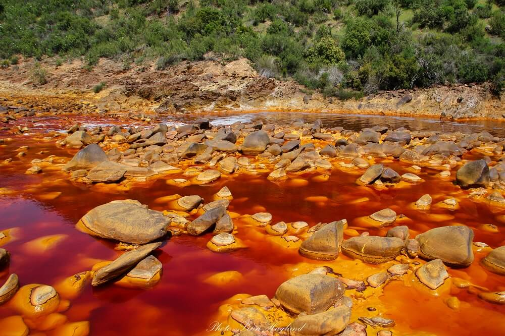 Looking for hidden gems in Spain? Check out the red river of Ríotinto in Huelva. It's really cool!