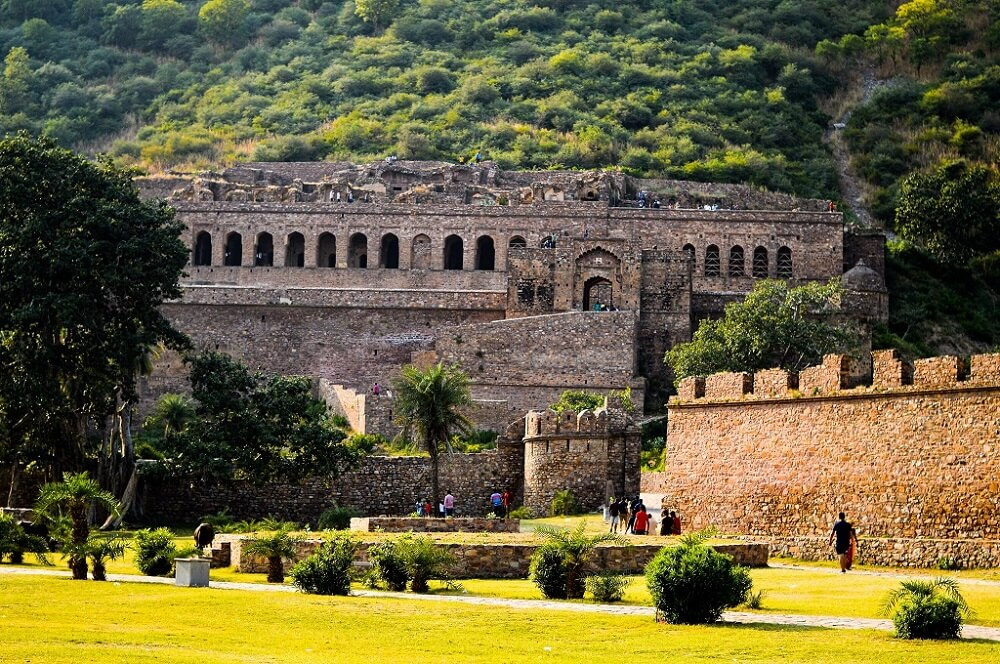 Bhangarh Fort  is one of the most beautiful places in Rajasthan
