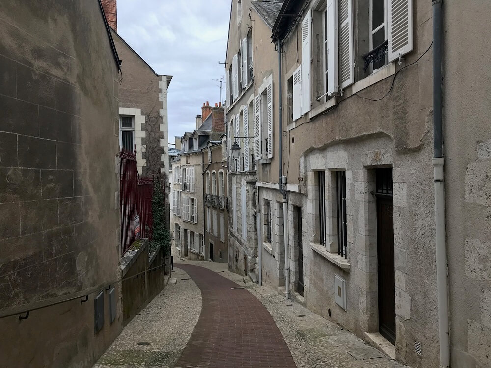 Blois is one of the places to visit near Paris by train