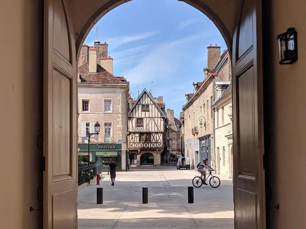 Train trips from Paris: Dijon