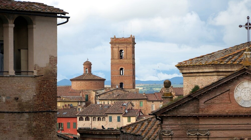 Beautiful Siena in one day rooftop views