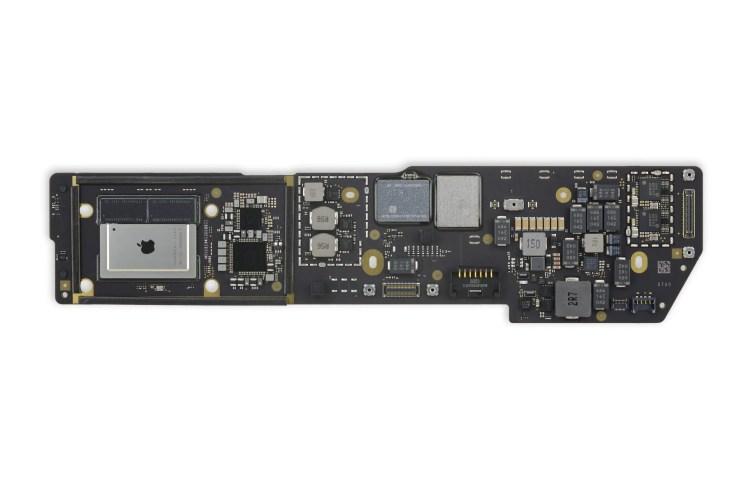 MacBook Air M1 ploča