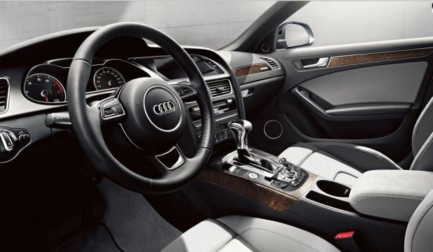 أودي Audi A4