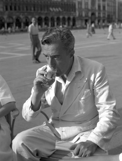 Итальянский режиссёр и актер Витторио де Сика