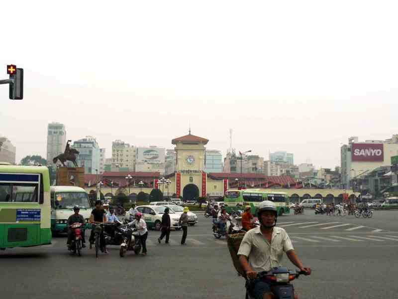 The Junction in front of Benh Thanh market