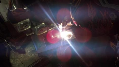 student welding aluminum