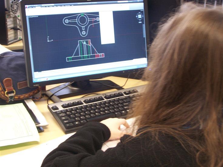 female student designing a hub