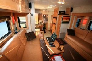 Est-il possible d'envisager une alimentation électrique d'appareils énergivores dans la caravane ?