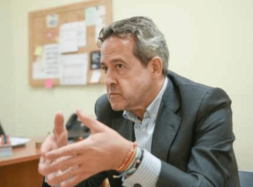 entrevista comunicación adrián cordero