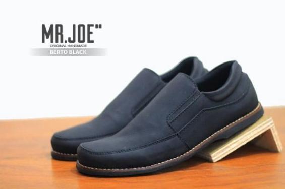 BM0145 Black Mr Joe Berto - Rp. 170000