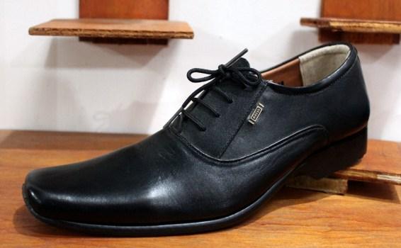 RB0045 Black Pantofel TaliRp. 250000