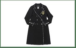 CHANEL 香奈兒的TWEED 經典斜紋毛呢材質,雙排扣長版大衣 CHESTER COAT
