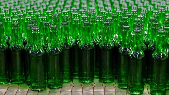 Carlsberg Marston's Brewing Company to trial glass bottles