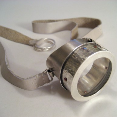 concept_introvert_monogoggle_monocle_lens_glass_leather_silver