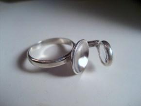 ring_inspector_lens_glass_silver