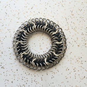 Stretchy Chainmaille Bracelet with Black and White Pattern