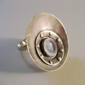 Satellite_lens_ring_sterling_silver_glass_front