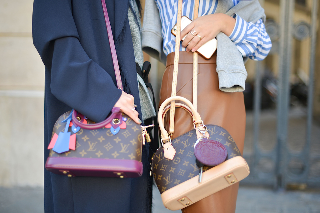 2318c22024d How To Spot A Fake Louis Vuitton Alma Bag! - Brands Blogger