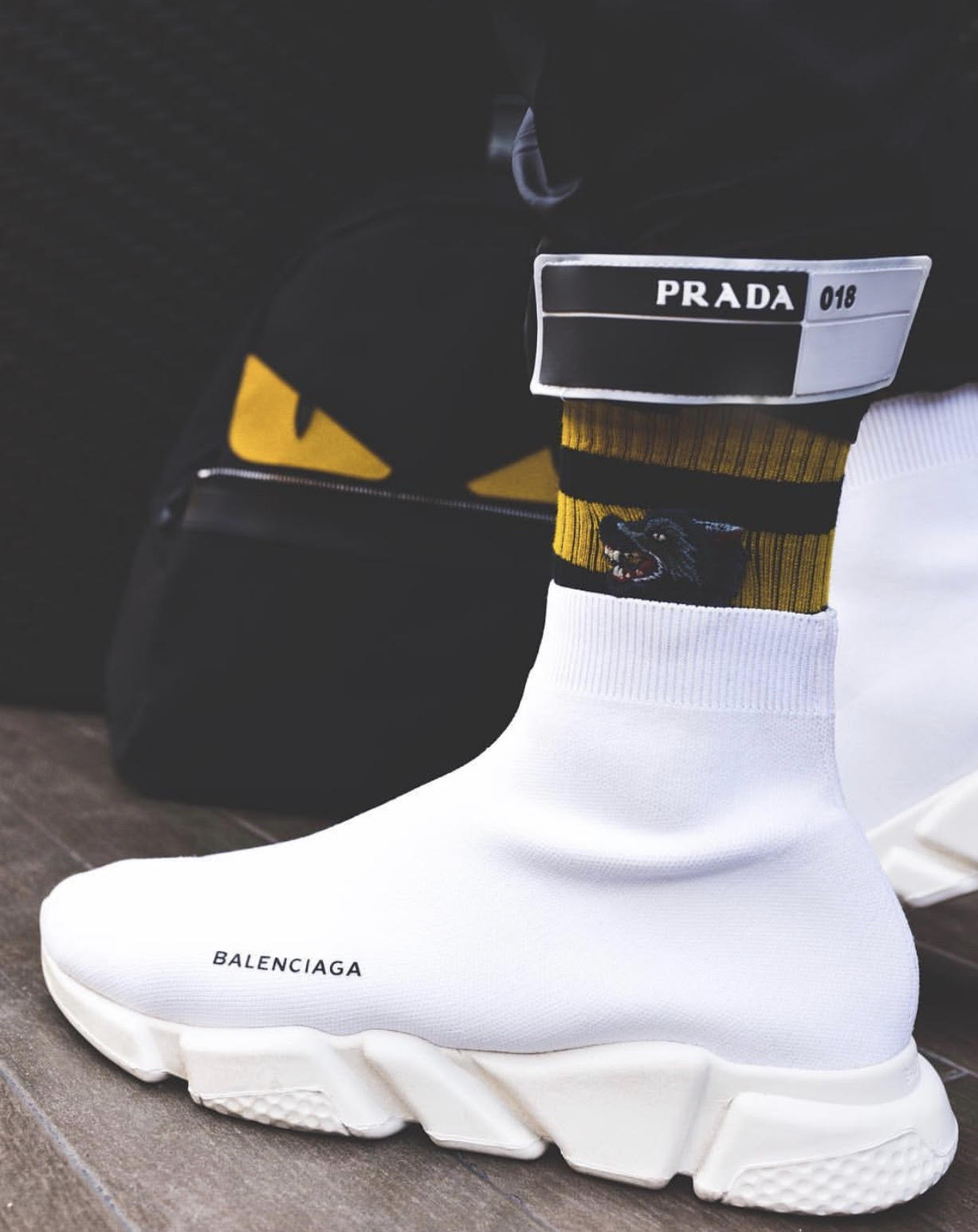 ATTENTION balenciaga speed trainers black