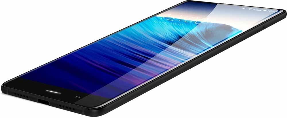UMIDIGI Crystal  UMIDIGI Crystal – bezramkowiec z aparatami od Samsunga 1 2