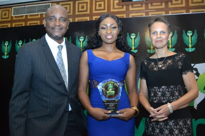 FLYING DOCTORS FOUNDER BAGS AVIATION AWARD (Photos) - Brand Spur