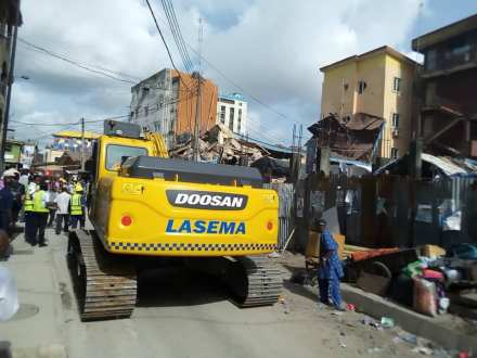 A THREE STOREY BUILDING COLLAPSES IN LAGOS BRAND SPUR NIGERIA 1