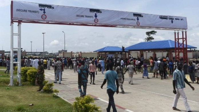 FG Opens Border For Relief While Imported Goods Are Still Banned