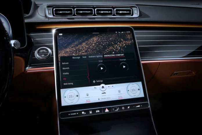 """Meet the S-Class DIGITAL: """"Luxury & Well-Being"""": Personal wellness oasis: Comfortable travel while staying fit"""