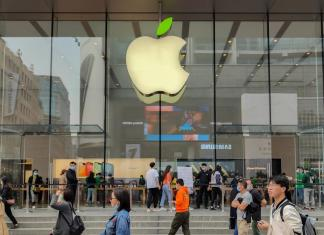 Hacker Steals Private Data Of Apple iCloud Users: Report