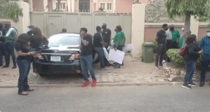 Heritage Bank MD, Ifie Sekibo 'In Trouble' As Staff Storm Senator Uba's Residence Over Massive Debt-Brand Spur Nigeria