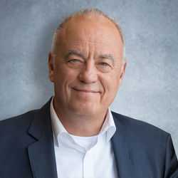 Peter Kössler (B)
