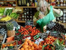 France To Ban Plastic Packaging For Fruit And Vegetables