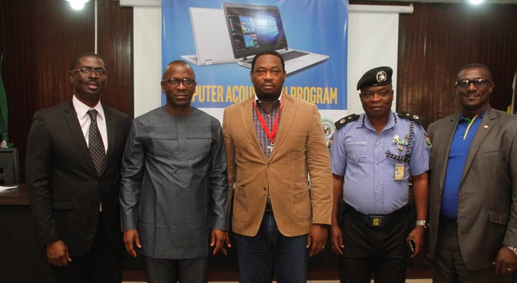 L-R: Country Manager Intel Corp., Olubunmi Ekundare; DC CIID Zone 2, Onikan, DCP Isaac Akinmoyede; Senior Manager Devices & Partnerships Airtel Nigeria, Bobby Idwoze; DC Admin Zone 2, Onikan, DC Awotunde Awosola; and, Executive Director Operations, NPF Microfinance Bank, Jude Ohanehi at an event to announce the partnership between NPF, Intel and Airtel at Zone 2 Command Headquarters, Onikan, Lagos recently