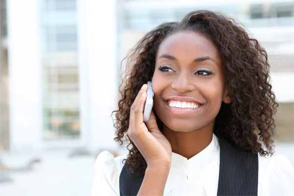 black-woman-on-the-phone-smiling-on-smartphones