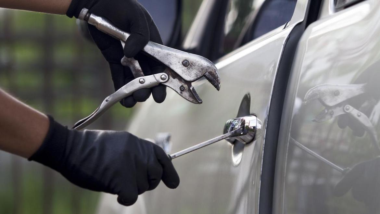 stolen-car-theft