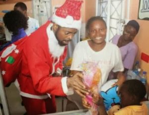 basketmouth-santafather-christmas