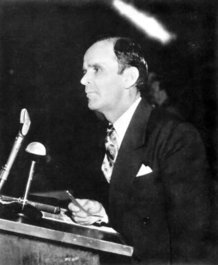 Эта фотография Столпа Огненного над головой Брата Бранхама была снята 24 января 1950 года в Колизее Сэм Хьюстона в городе Хьюстон, штат Техас.