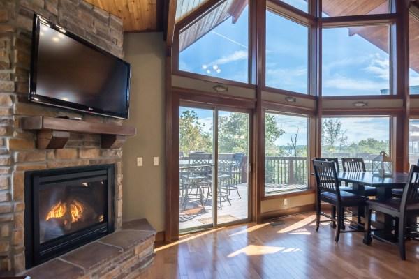 Cedar Cove lakefront vacation rental home near Branson, Missouri