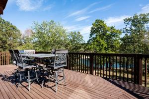 Branson-Vacation-Houses-Cedar-Cove-01a-1138