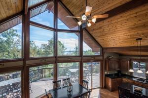 Branson-Vacation-Houses-Cedar-Cove-05-1097