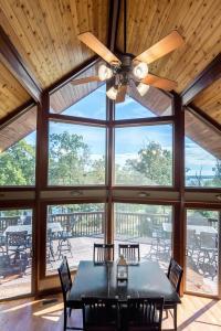 Branson-Vacation-Houses-Cedar-Cove-05-1108