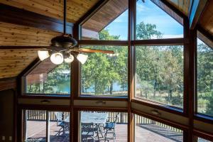Branson-Vacation-Houses-Cedar-Cove-05-1114