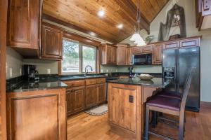 Branson-Vacation-Houses-Cedar-Cove-06-1070