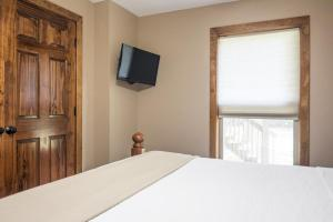 Branson-Vacation-Houses-Ozark-Charm-18-1034