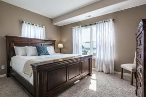 Majestic View vacation rental Branson and Kimberling City, Missouri - bedroom