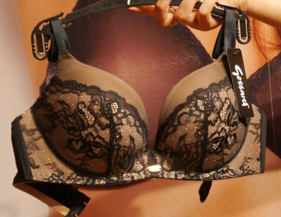 Gossard SuperSmooth Glamour Lace Non-Wired Plunge Black